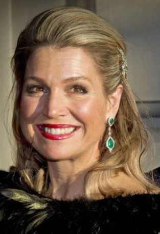 Love the emerald earrings Queen Maxima is wearing