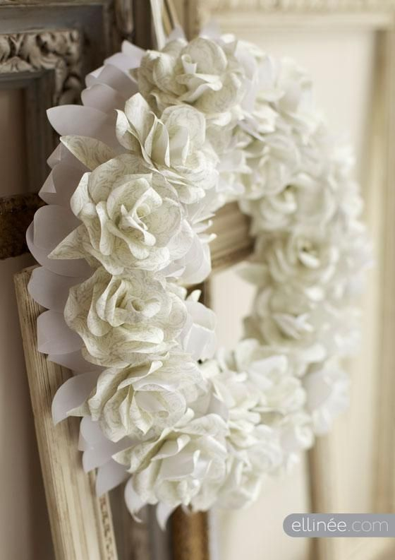 DIY Wreaths: DIY Paper Rose Wreath