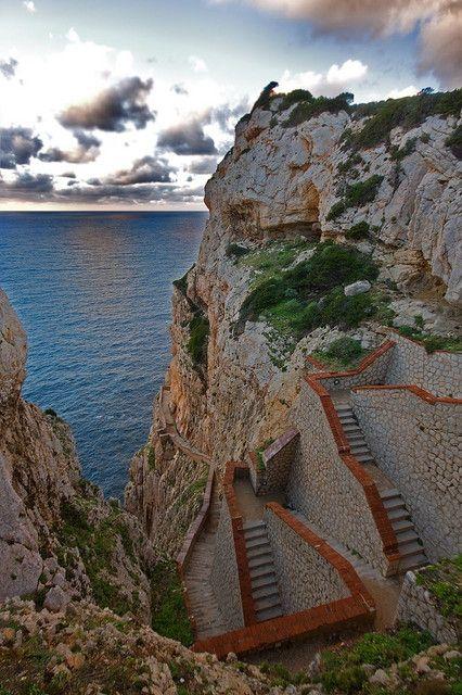 Scalinata del Cabirol. Alghero, Sardegna. Stupenda!