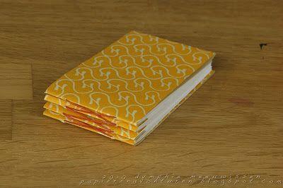 Papieren Avonturen: how to make a zigzag accordion book by Dymphie Meeuwissen