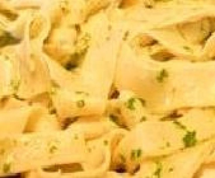 Amish Noodles in Butter