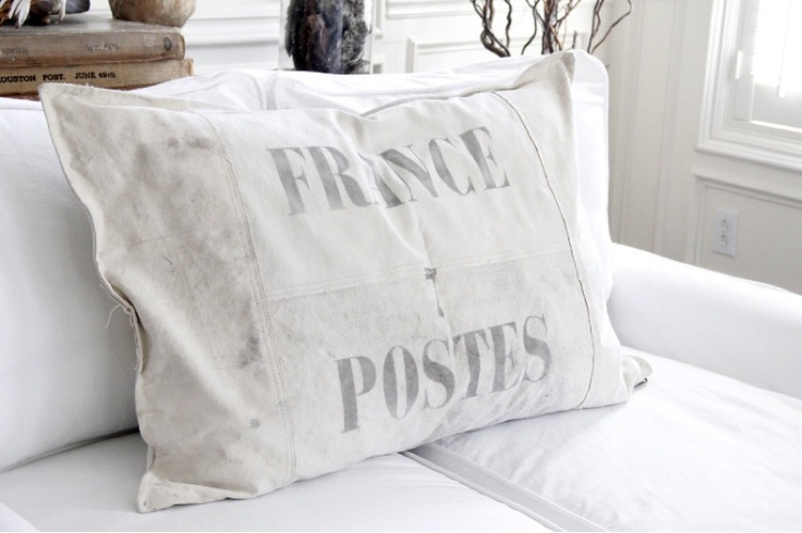 vintage pillow dhlSecond Shout, Debra Hall, Friday Favorite, Vintage, French Country, French Charms, Hall Lifestyle, Flowery Things, Pillows Dhl