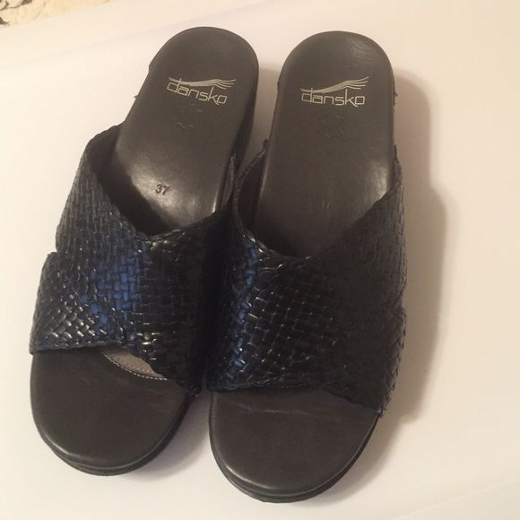 Dansko, worn a couple of times. Almost new, perfect condition. Black. Dansko Shoes Mules & Clogs
