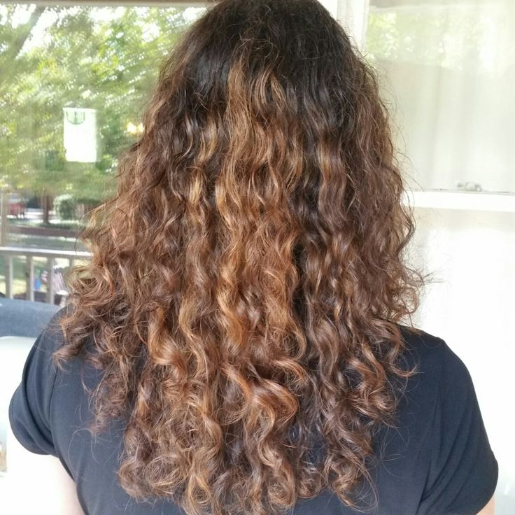 How To Get Wavy Hair With Naturally Curly Hair