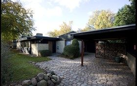 Bertel Udsens Hus Forside Til Hjemmeside