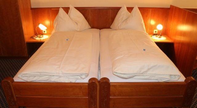 Cityhotel Ratheiser - 3 Star #Hotel - $64 - #Hotels #Austria #Klagenfurt http://www.justigo.org/hotels/austria/klagenfurt/cityhotel-ratheiser_46546.html