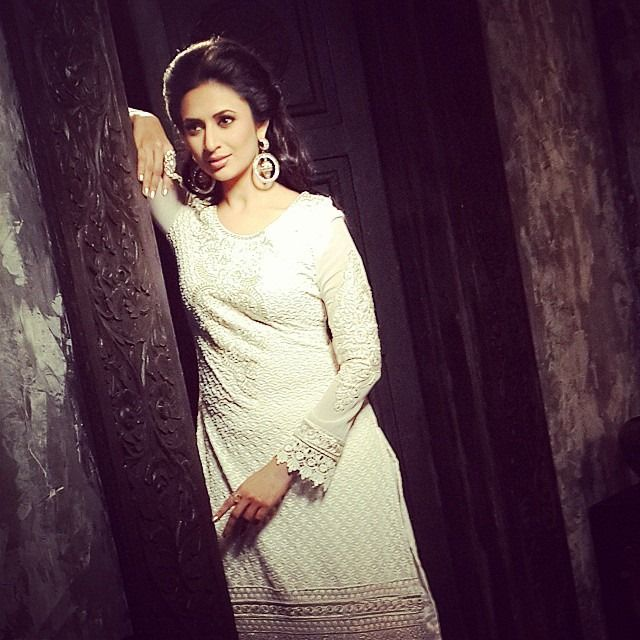 Divyanka Tripathi Photoshoot