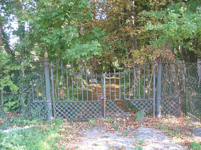 #Vredenoord #Rijswijk #DenHaag #GVBarchitecten #restauratie #buitenplaats - poort oude toestand