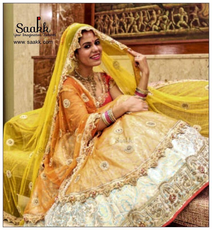 On Your Wedding Day You Should Look Like Yourself At Your Most Beautiful. #bride #bridetobe #bridedress #indianwear #ethinic #banarasi #bridallehenga #pretoporte #pret #custommade #customisedclothing #shadiseason #saakk #saakkbysakshi #saakkyourimaginationtailored