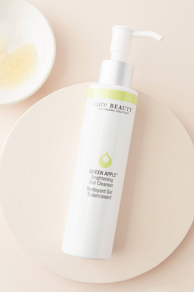 Juice Beauty Green Apple Brightening Gel Cleanser by in White Size: All, Makeup at Anthropologie