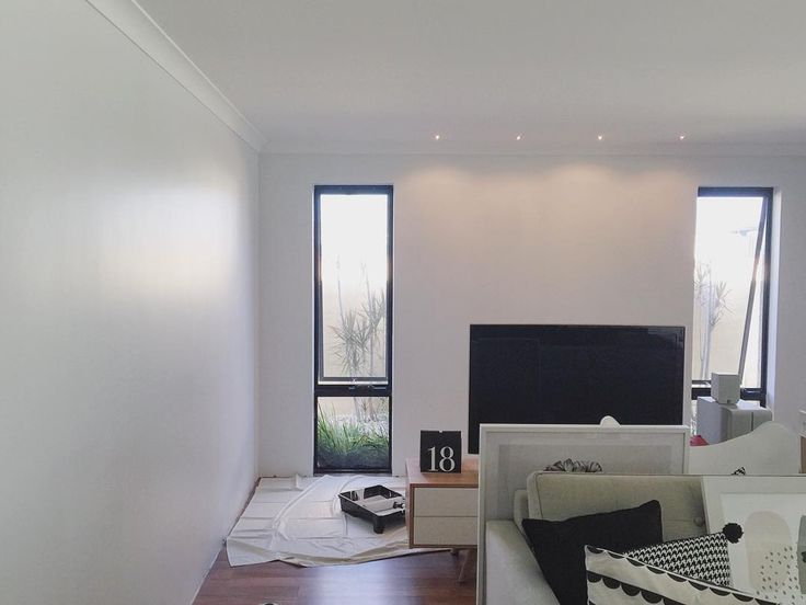 Dulux Manorburn 75 Of Half Strength Townhouse Walls