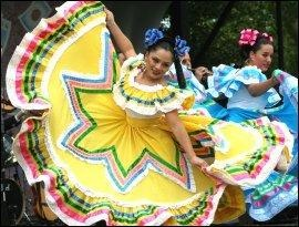 Mexican Traditional Clothing #Mexican clothing #Mexican dress