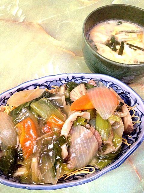 青梗菜が安かったので。 - 9件のもぐもぐ - 皿うどん  ニラとえのきと豆腐のかき卵味噌汁 by きくり