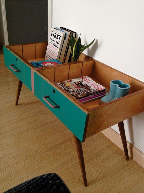 Die wohl schönste Wiederverwendungs-Möglichkeit für ausrangierte Schubladen: Side-Table im aktuellen 50er Style.