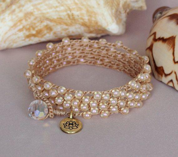 Crème parel kralen haak Wrap armband gelaagde Pearl door PJsPrettys