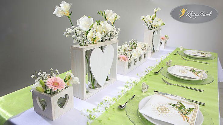 dekoracje stołu komunijnego