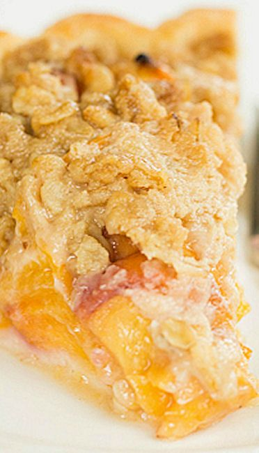 PEACH CRUMBLE PIE - Pie crust, CRUMBLE TOP: ⅓ cup all-purpose flour ⅓ C light brown sugar, ⅓ C old-fashioned rolled oats, 6 T cold unsalted butter, FILLING: 3 lb peaches (about 8 cups), 2 T light brown sugar, 2 T all-purpose flour