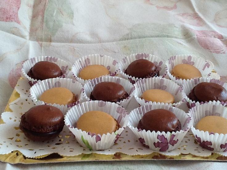 Macarons cioccolato e vaniglia