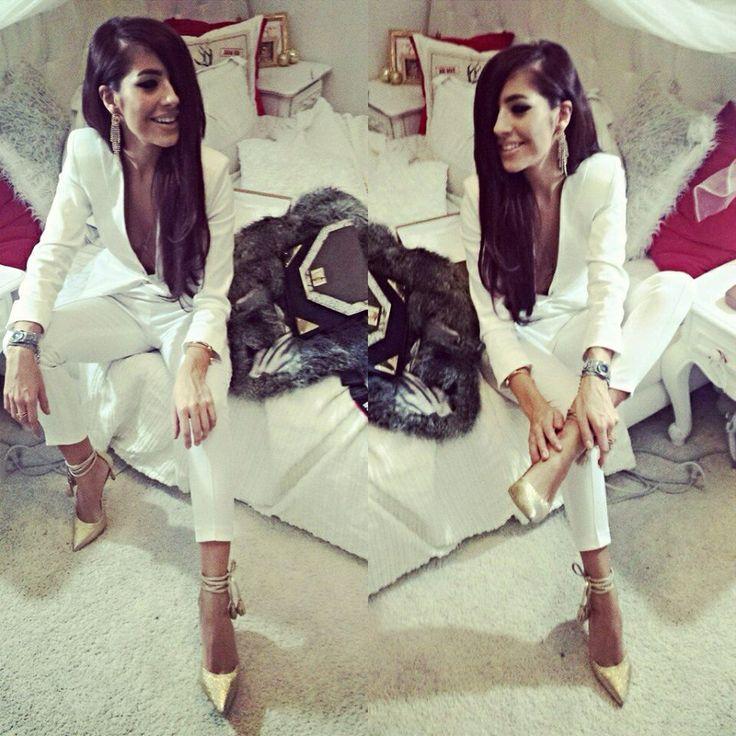 Alina Ceusan All White