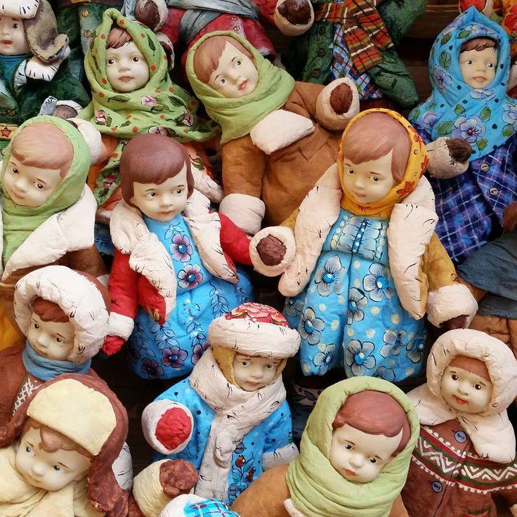 """413 отметок «Нравится», 6 комментариев — Irina Cherepanova (@irina.e.cherepanova) в Instagram: «Творческие будни!) Остался всего один день до дня """"X"""") И будет показана новая коллекция """"Русский…»"""