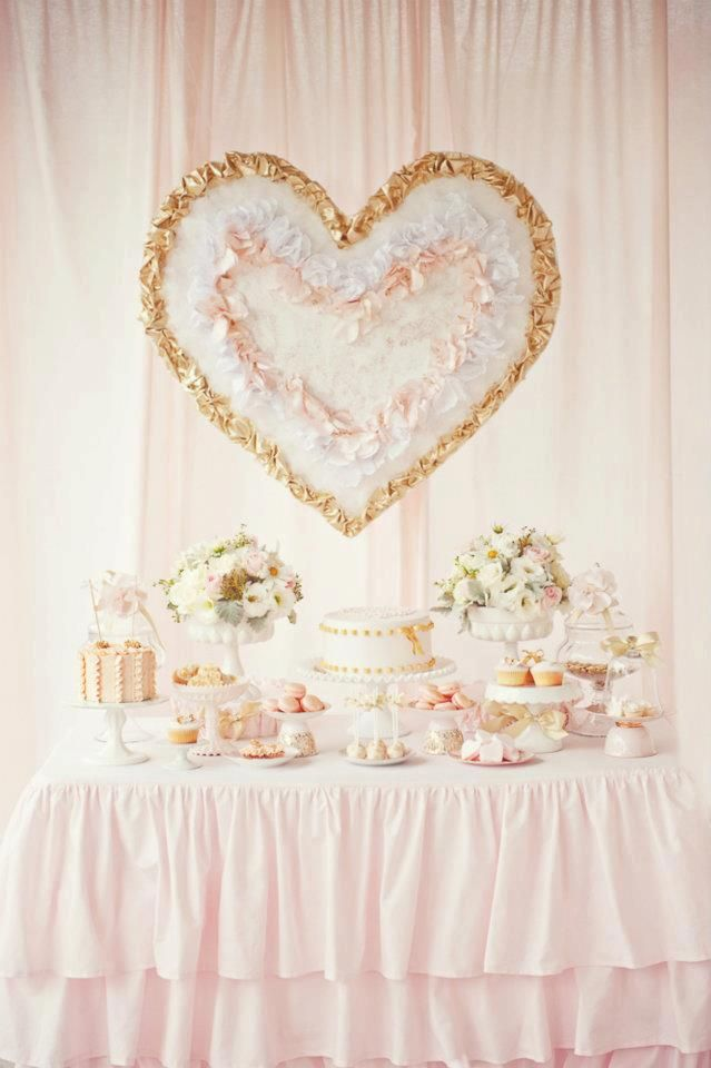 Little Big Company: pink and gold dessert table by Avie & Lulu