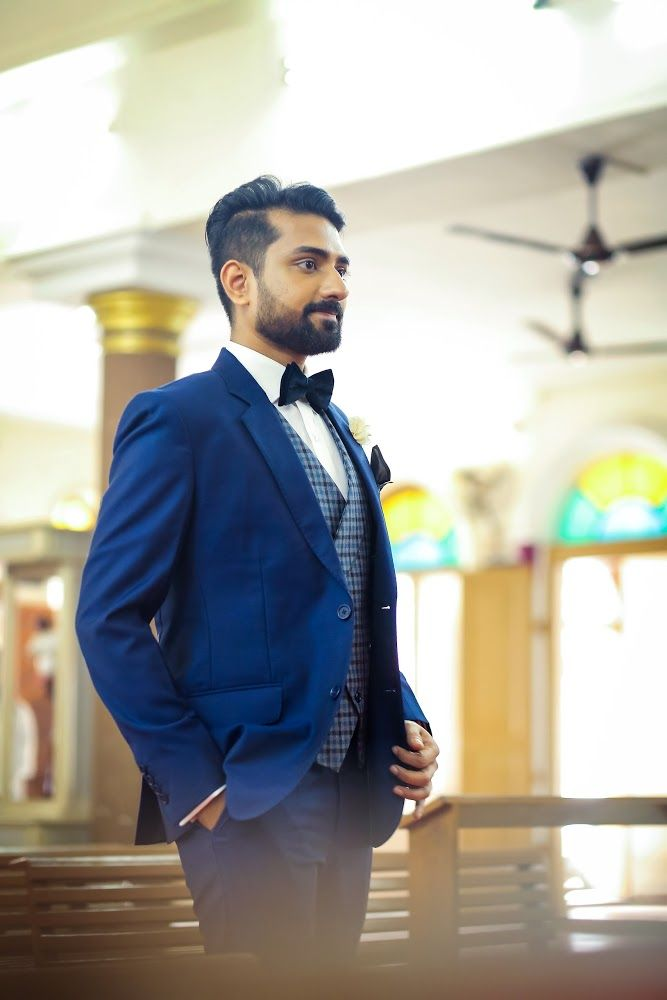 The really stylish groom! Photo by Sibin Jacko, Kochi #weddingnet #wedding #india #indian #indianwedding #prewedding #photoshoot #photoset #groom #wear #groomwear #sherwani #groomsmen #photographer #photography #inspiration #planner #organisation #invitations #details #sweet #cute #gorgeous #fabulous