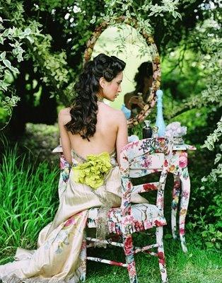 dressers: Wedding Hair, Mirror Mirror, Pretty Gardens, Chairs, Vanities, Pretty Things, White Rooms, Mirrormirror, Photo Shoots