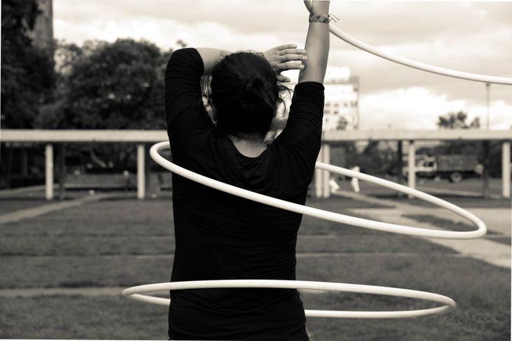 El MUJAM (Museo del Juguete Antiguo Mexico) celebró el World Hoop Day con talleres y exposiciones, tuve la oportunidad de exponer esta serie en esta celebración. :D Hooper: Selenia 2013 Fotografía por: Karuna Photography -Hula Hoop /Retrato /Portrait