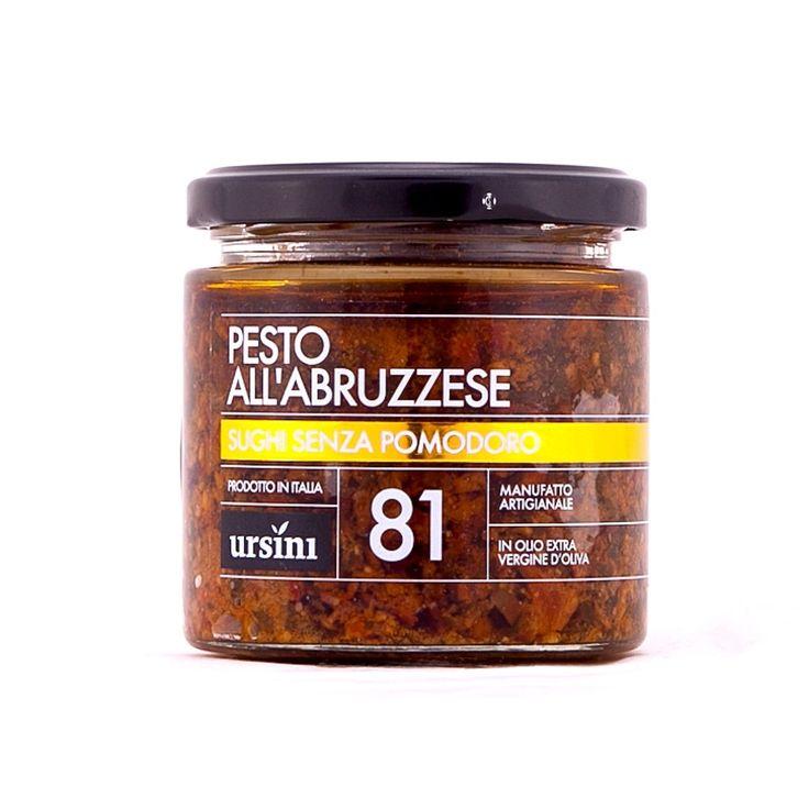 Quello abruzzese è un sugo bianco leggermente piccante dal colore rosso-bruno che affonda le radici nella storia dell' Abruzzo antico. La sinfonia di ingredienti è semplice e invitante: pecorino, basilico, alici e peperoncino piccante.