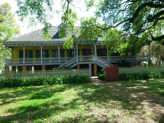 mid century modern homes  | 20160328_122717_large.jpg - Photo de Laura: A Creole Plantation ...
