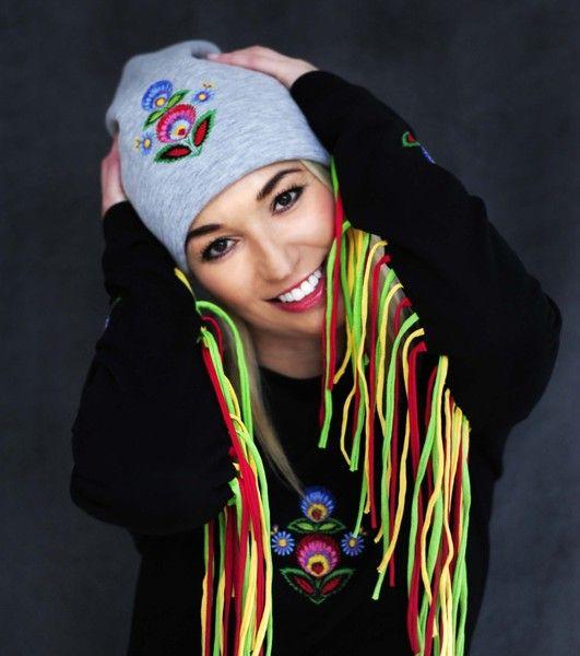 Dwustronna czapka z haftem łowickim  w Petis na DaWanda.com