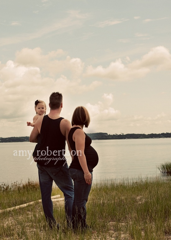 outdoor pregnancy pictures - Bing Images-we could always go to Pine Cradle or another lake. This could be cute even without the 2nd child