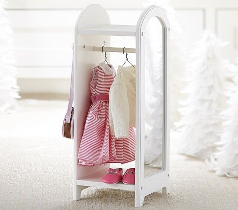 Doll or dress up stand