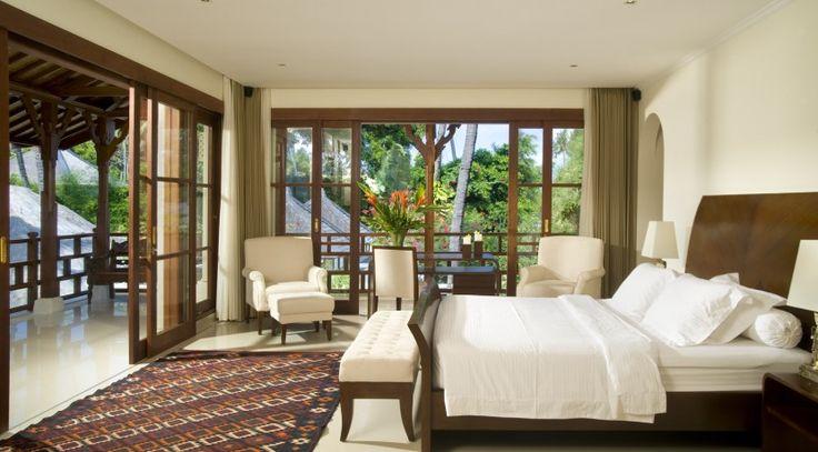 Villa Taman Sorga - Guest wing upstaris master bedroom