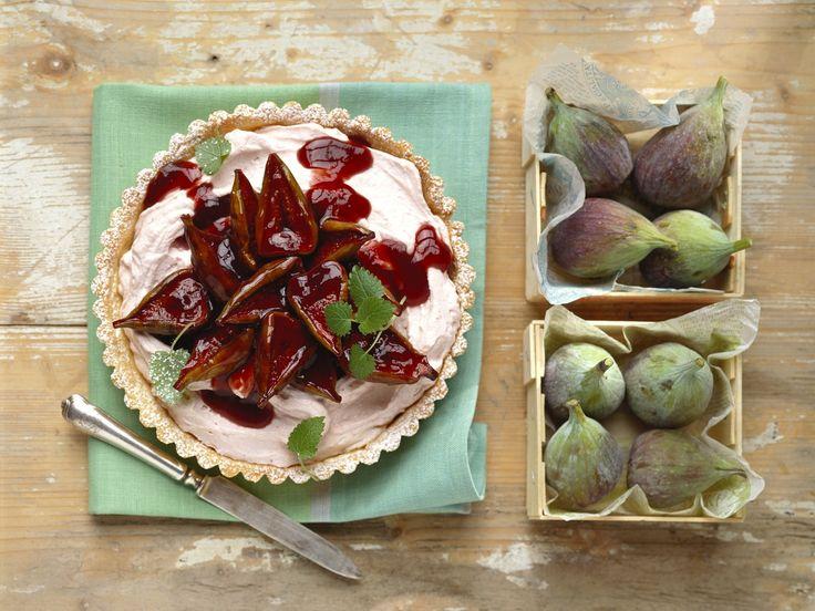 Feigenkuchen | Kalorien: 264 Kcal - Zeit: 50 Min. | http://eatsmarter.de/rezepte/feigenkuchen-2