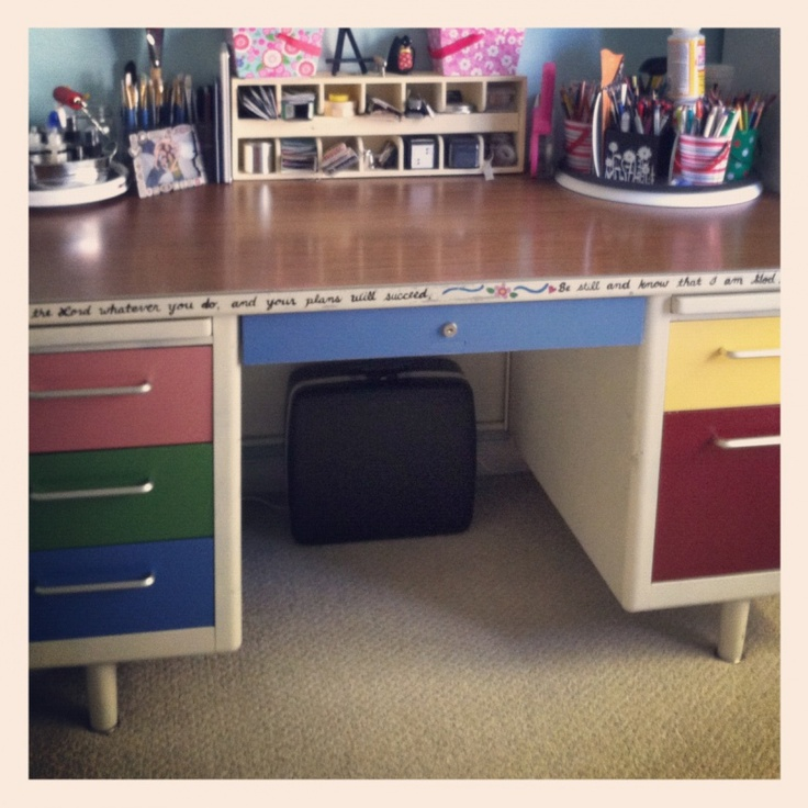 31 Days Of Decorating With Re Purpose Painting Old Metal Desks