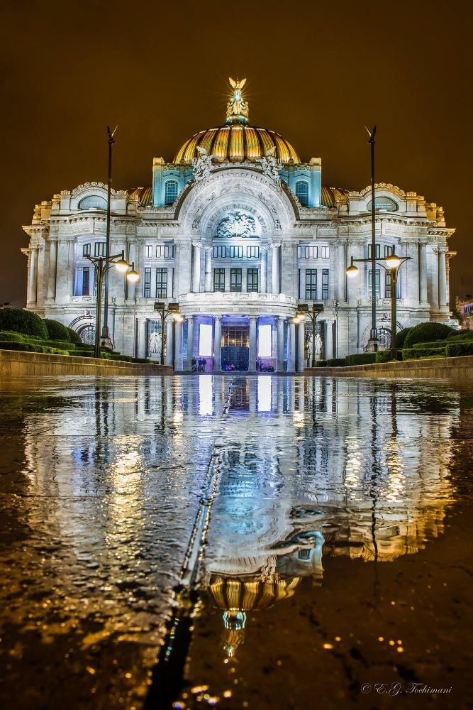 "Webcams de México on Twitter: "" Amazing pic!! El Palacio de Bellas Artes, Mexico City  vía  @gtochimani"""