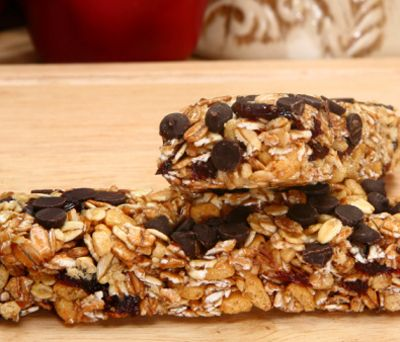 Lose Weight With Chocolate Snacks - : Image: Thinkstock http://www.fitbie.com/slideshow/lose-weight-chocolate-snacks