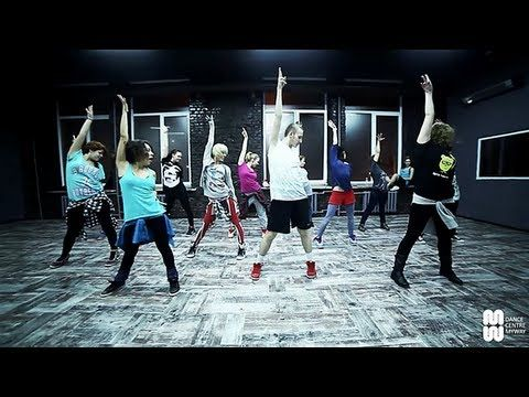 Gloria Estefan - Conga waacking choreography by Denis Stulnikov - Dance Centre Myway - YouTube
