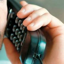 Ελληνίδα φοιτήτρια έφτιαξε κινητό τηλέφωνο!