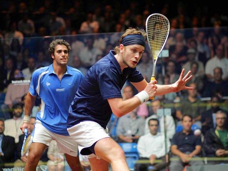 Squash game Willstrop versus Darwish