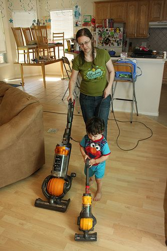 25 Best Toy Vacuum Cleaner For Kids Images On Pinterest