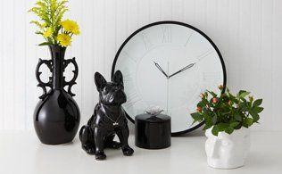 Torre & Tagus - Vase, bulldog, clock