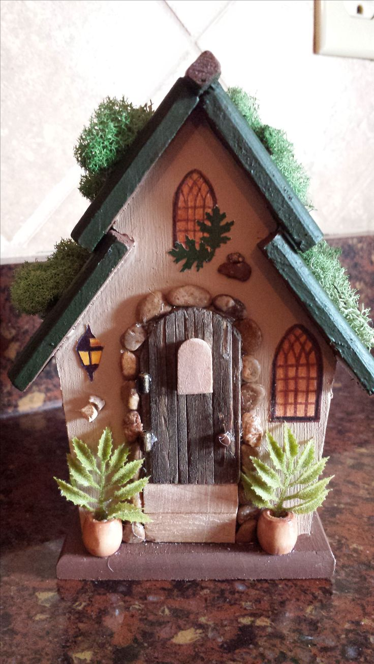 1000 ideas about painted birdhouses on pinterest for Unfinished fairy door