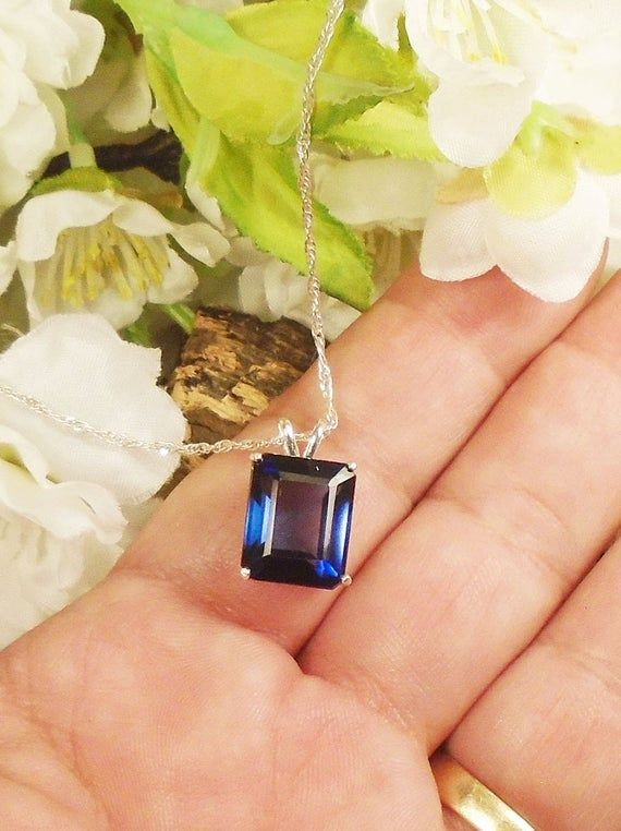 Royal Blue Sapphire September Birthstone Necklace Sterling Silver 9 00 Ct Extreme Sparkle 12 14 X 10 04 Mm Natural Blue Sapphire Blue Sapphire Sapphire Birthstone Necklace