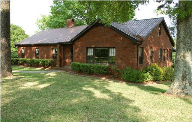 Best Brick House Brown Metal Roof Google Search Exterior Brick 400 x 300