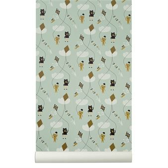 Het schattige Kite behang in de kleur mint van Ferm Living heeft een speels en modern design met schattige figuurtjes. Kite is geprint op WallSmart behang, dit is een nieuw soort niet gewoven behang, dit maakt het op hangen van het behang makkelijker en sneller. Geef de kamer een nieuwe look door dit speelse behang te gebruiken.