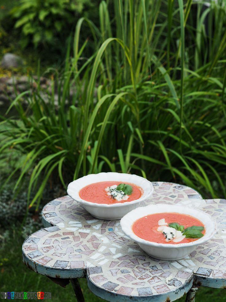 Chłodnik z pomidorów i arbuza, idealny na upalne dni. Super przepis
