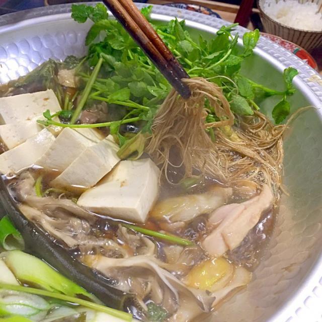 仙台名物の芹鍋は芹の根っこが主役である by Blueberry at 2016-01-30