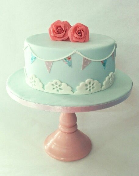 Shabby chic cake (Violeta Dulce)
